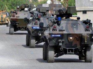 Sokağa çıkma yasağı ilan edilen Cizre'de neler oluyor?