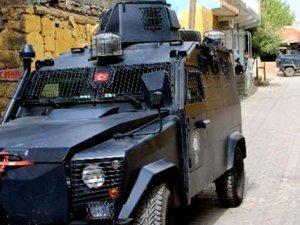 Diyarbakır'da Polis Ekiplerine Roketli Saldırı!