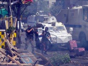 Polise 'vur emri': Tereddüt etmeden silah kullanın