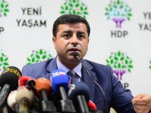 Demirtaş, HDP Binalarına Saldıranlara Seslendi: Yargılanacaksınız