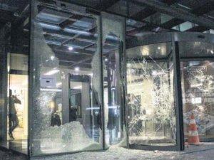 İstanbul Valiliği: 93 kişi gözaltına alındı