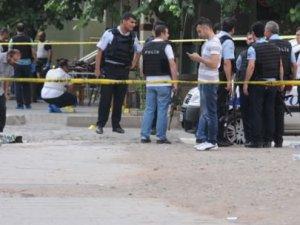 Diyarbakır'daki Saldırıda Ölen Vatandaş Sayısı 2'ye Çıktı