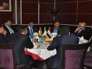 Kürdistan bayrağı İran masasında!