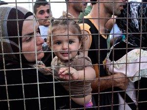 Mülteci krizinde Arap dünyasının 'kokusu çıktı'