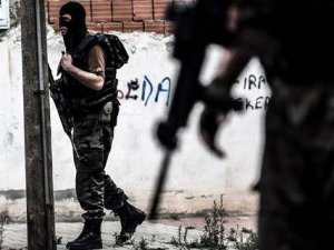 Diyarbakır'da Çatışma: 1 Polis Yaralı