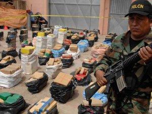 ABD ve Latin Amerika'nın Militaristleşmesi