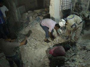 Halep'te varil bombalı saldırı: 12 ölü