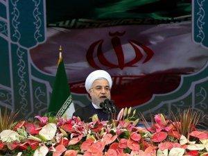 'Cumhuriyetçiler haritada İran'ın yerini gösteremez'