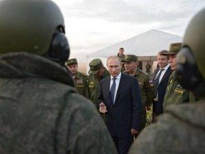 Putin, Suriye'ye asker gönderme yolunu açtı