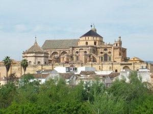 İspanyollardan Kurtuba Camii için imza kampanyası