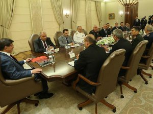 Başbakan Davutoğlu başkanlığında güvenlik toplantısı yapıldı