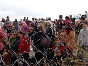 Kobani'ye 1 günde 2 bin 700 göç