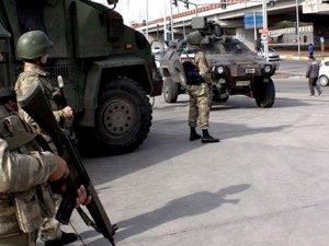 Van'da Karakola Saldırı: 7'si Asker, 9 Yaralı