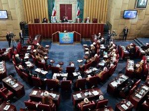 İran Meclisi nükleer anlaşmayı onayladı