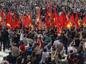 'Türkiye demokrasi sınavından geçiyor'