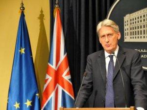 İngiltere Esad konusunda fikrini değiştirdi