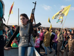 Amnesty raporu: PYD, Suriye'de savaş suçu işliyor