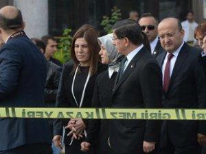 Başbakan Davutoğlu saldırının olduğu bölgede