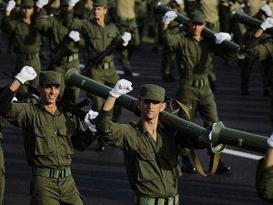 Kübalı askerler Esad'a destek için Suriye'de mi ?
