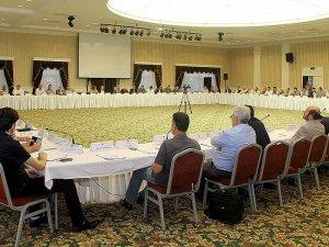"""Suriyeli muhaliflerden Esad'li geçiş dönemine """"hayır"""""""