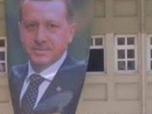 İki çocuğa 'Erdoğan posteri' yırtma davası