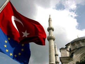 AB İlerleme Raporunda Türkiye'ye Yönelik Ağır Eleştiriler Var