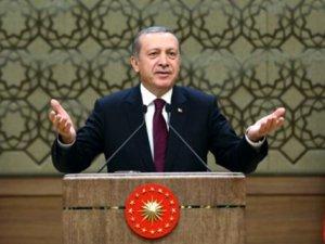 Cumhurbaşkanı Erdoğan Ak Parti'yi Kutladı, Muhalefeti Eleştirdi