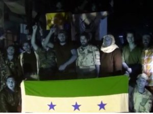 Suriyeli muhaliflerden seçim kutlaması