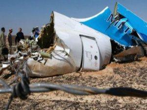 Rus uçağına konan bombayı İngiliz cihatçılar yaptı iddiası