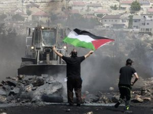 İsrail'den Filistin'e 2 bin 100 işgal konutu daha
