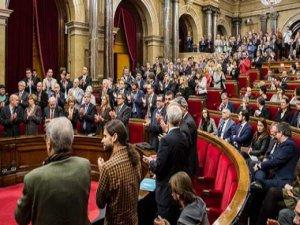 Katalonya Parlamentosu, bağımsızlık süreciyle ilgili tasarıyı kabul etti