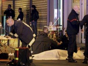 Paris'teki saldırılarda hayatını kaybedenlerin sayısı 158!