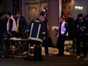 Saldırı sonrası Fransız basını: 'Paris savaşta'