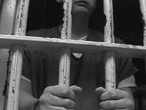 Trabzon E Tipi hapishanesinde bir çocuk kendini astı!