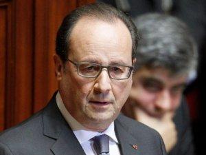 Hollande: Obama ve Putin'le görüşeceğim, IŞİD'e karşı daha geniş bir koalisyon kurmalıyız