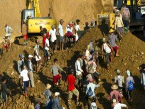Myanmar'da heyelan felaketi: En az 70 ölü, 100 kayıp