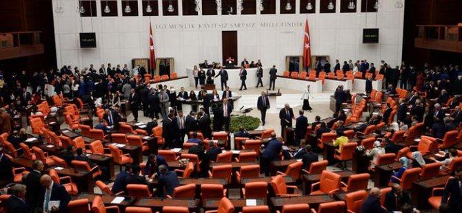 Başkanlık Sistemi: Otoriter mi, demokratik mi?
