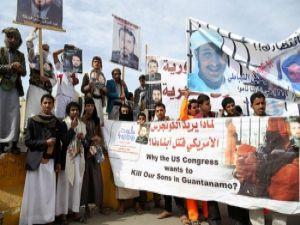 Yemen'de ABD Büyükelçiliği önünde gösteri
