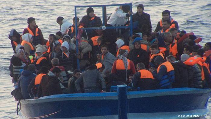 Akdeniz'de mülteci akını başladı