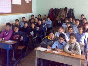 Horasan'ın kuzeyinde Kürdçe yok olmakla karşı karşıya