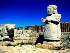 Malataya'daki Arslantepe Höyüğü 5500 yıllık tarihe ışık tutuyor