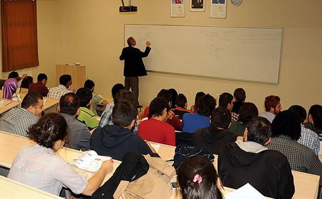 Lisans öğrencilerine de formasyon eğitimi
