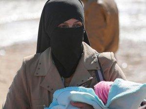 Musul'da evlerini terk edenlerin sayısı 235 bine yükseldi