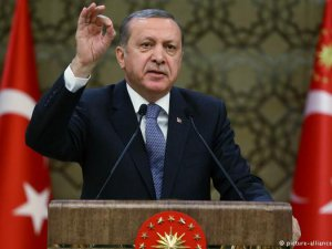 """Erdoğan'dan Deniz Yücel'e """"Ajanlık"""" Suçlaması"""