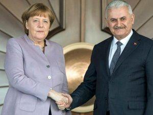 Yıldırım ile Merkel  görüştü