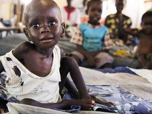 UTANÇ! 2 Günde 110 Kişi Açlıktan Öldü