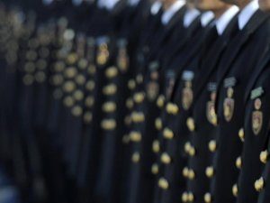 'Abiler, Komutandan Fazla Bilgiye Sahipti'