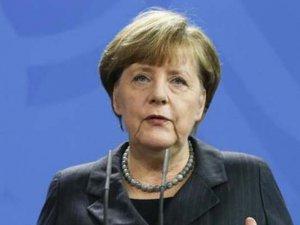"""Merkel: """"Türkiye'deki iç sorunları Almanya'ya taşımayın"""""""