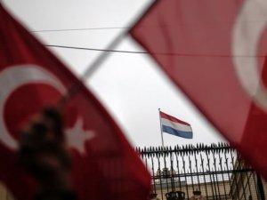 Hollanda, Türkiye'nin Özür Talebini Reddetti