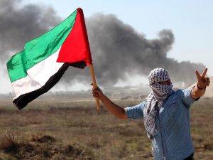 Gazzeli Gazeteciler, Filistin Yönetimini Protesto Etti